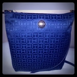Tommy Hilfiger Large Navy Crossbody